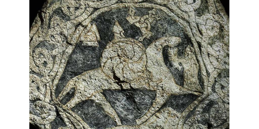 valknut-stone-tomestone-odin