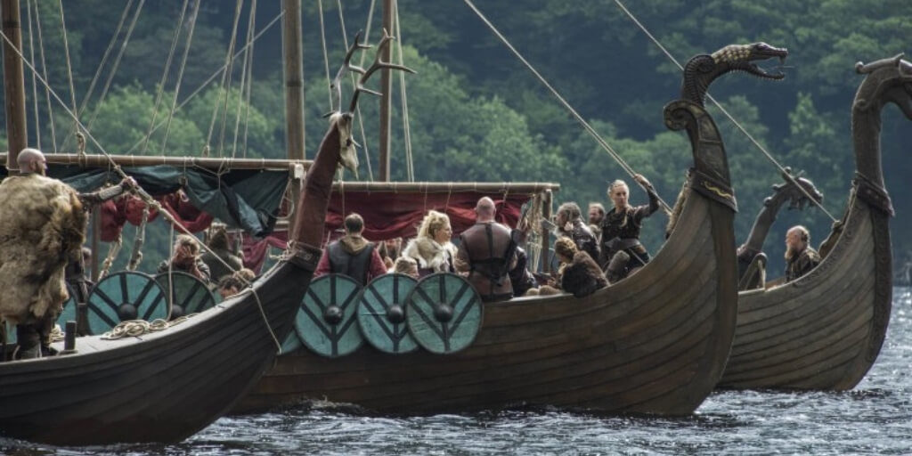 -viking-raid-warriors-boat-drakkar