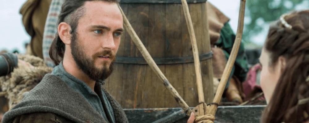 Der Athelstan aus der Serie Vikings